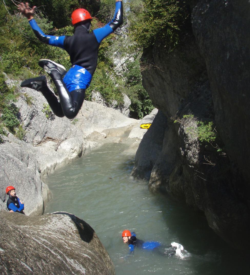Saut en canyoning Drôme